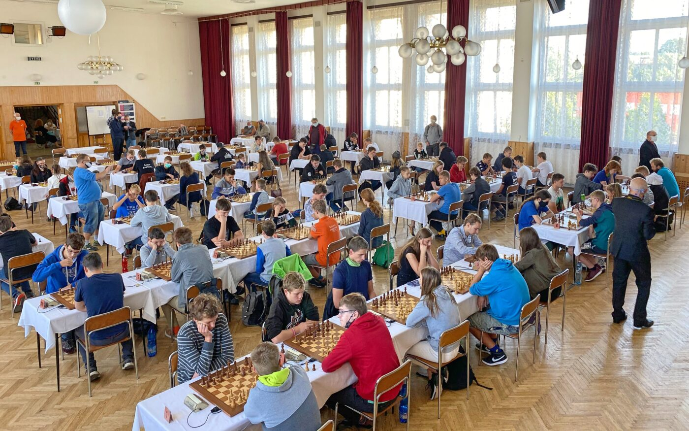 Jaké bylo Mistrovství ČR juniorů a juniorek v rapid šachu v České Třebové?